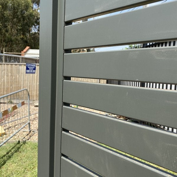 Aluminium Slat Fence Post For Sliding Gates